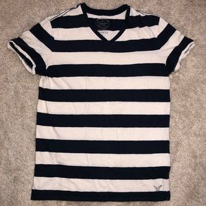 6/$20 American Eagle size small striped t shirt